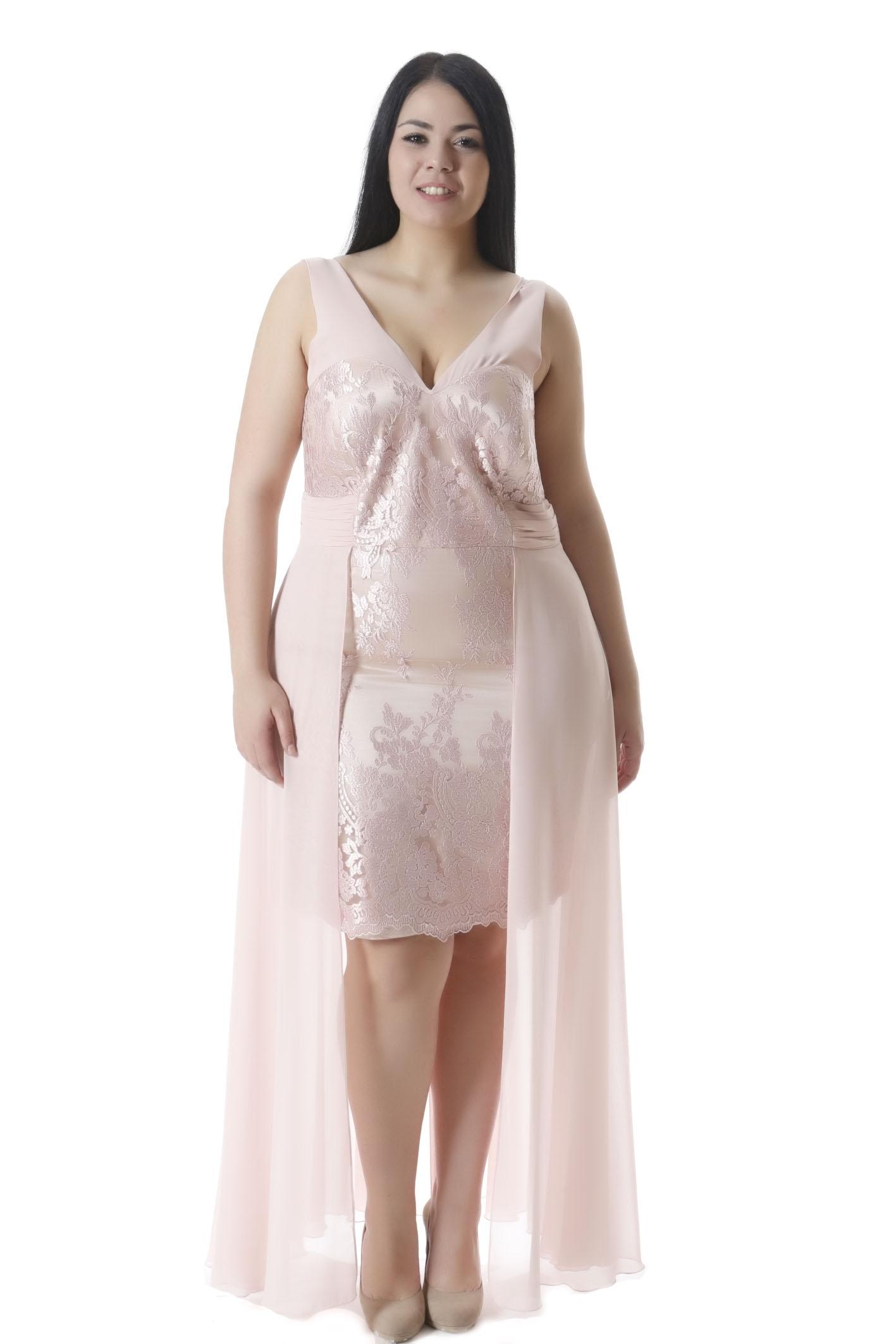 8436e792b5ff Φόρεμα αμπιγιέ Mini με δαντέλα στο μπροστινό μέρος Σε πούδρα χρώμα Αμάνικο  με V-λαιμόκοψη