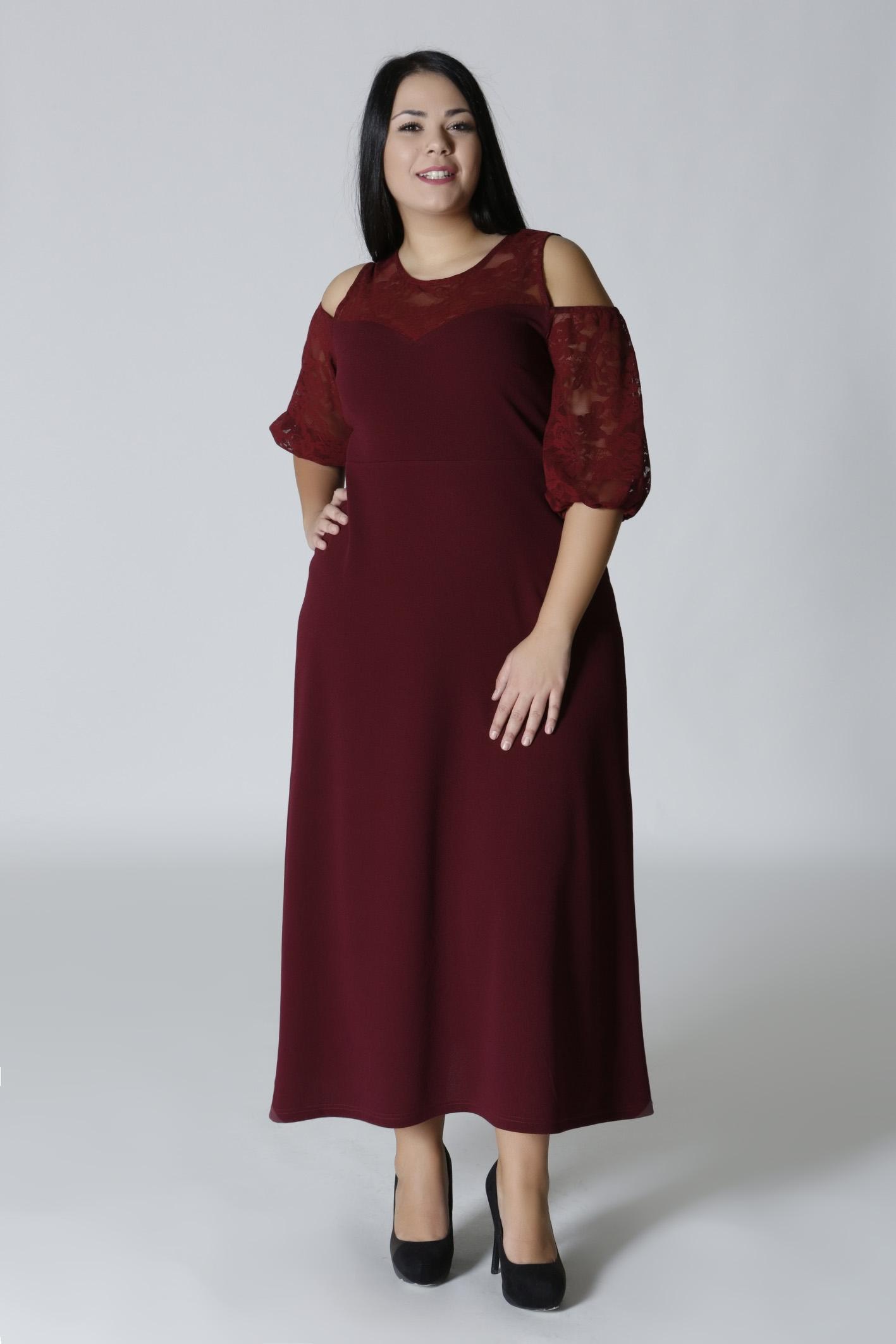 7bf38961c86f Φόρεμα με δαντέλα μπορντώ