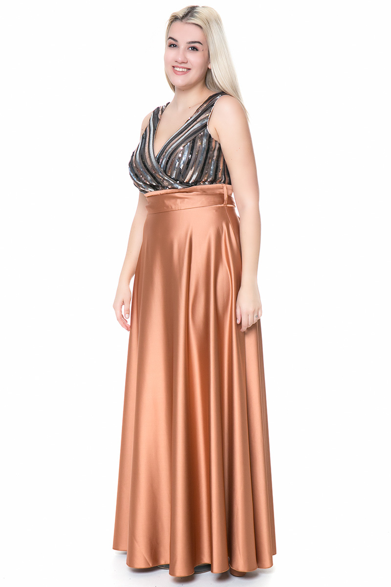 e6b5d8409f02 Φόρεμα maxi Καμηλό χρώμα Μπούστο όλο παγέτα Φούστα σατέν Αμάνικο Ζώνη στην  μέση V λαιμόκοψη Σταθερό