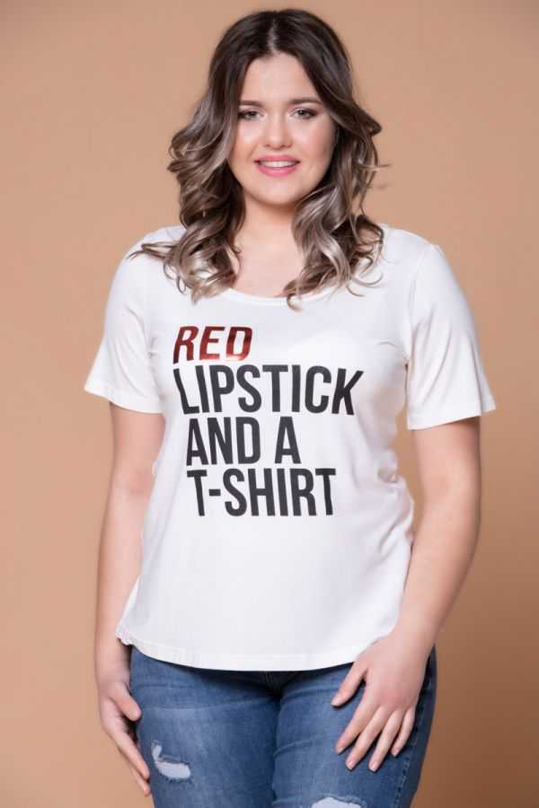 Λευκό t-shirt με τύπωμα ''Red lipstick and a t-shirt''