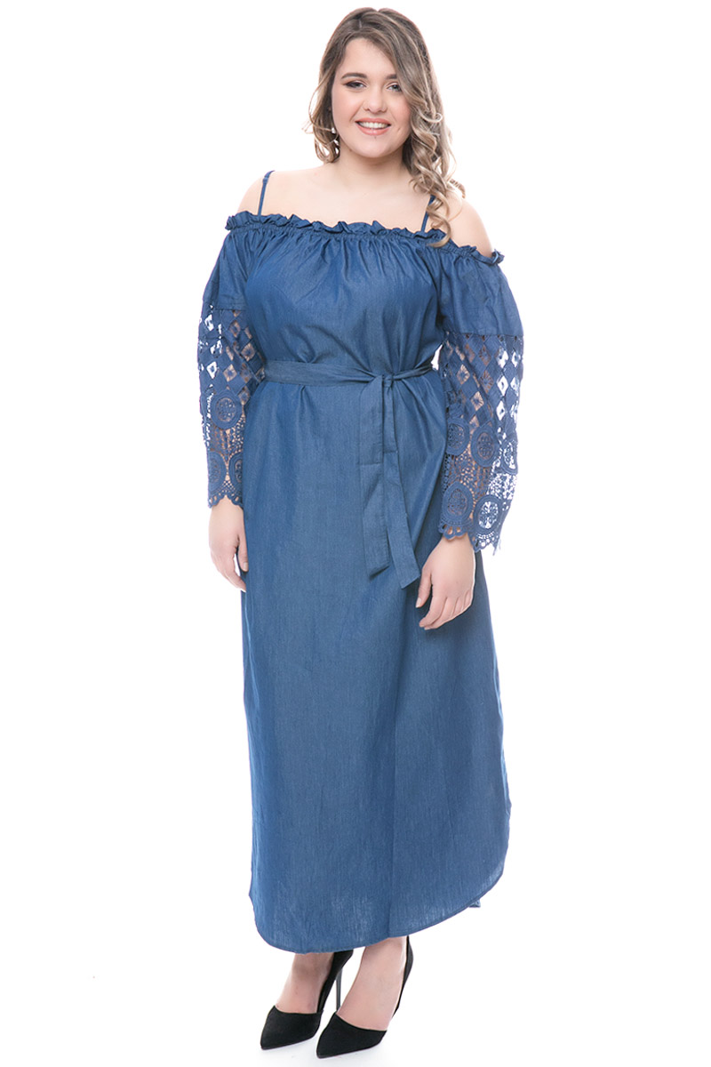 499a17a3216f Φόρεμα off-shoulders Χρώμα denim blue Μακριά μανίκια τύπου καμπάνα με  δαντέλα Διαθέτει ζώνη στη