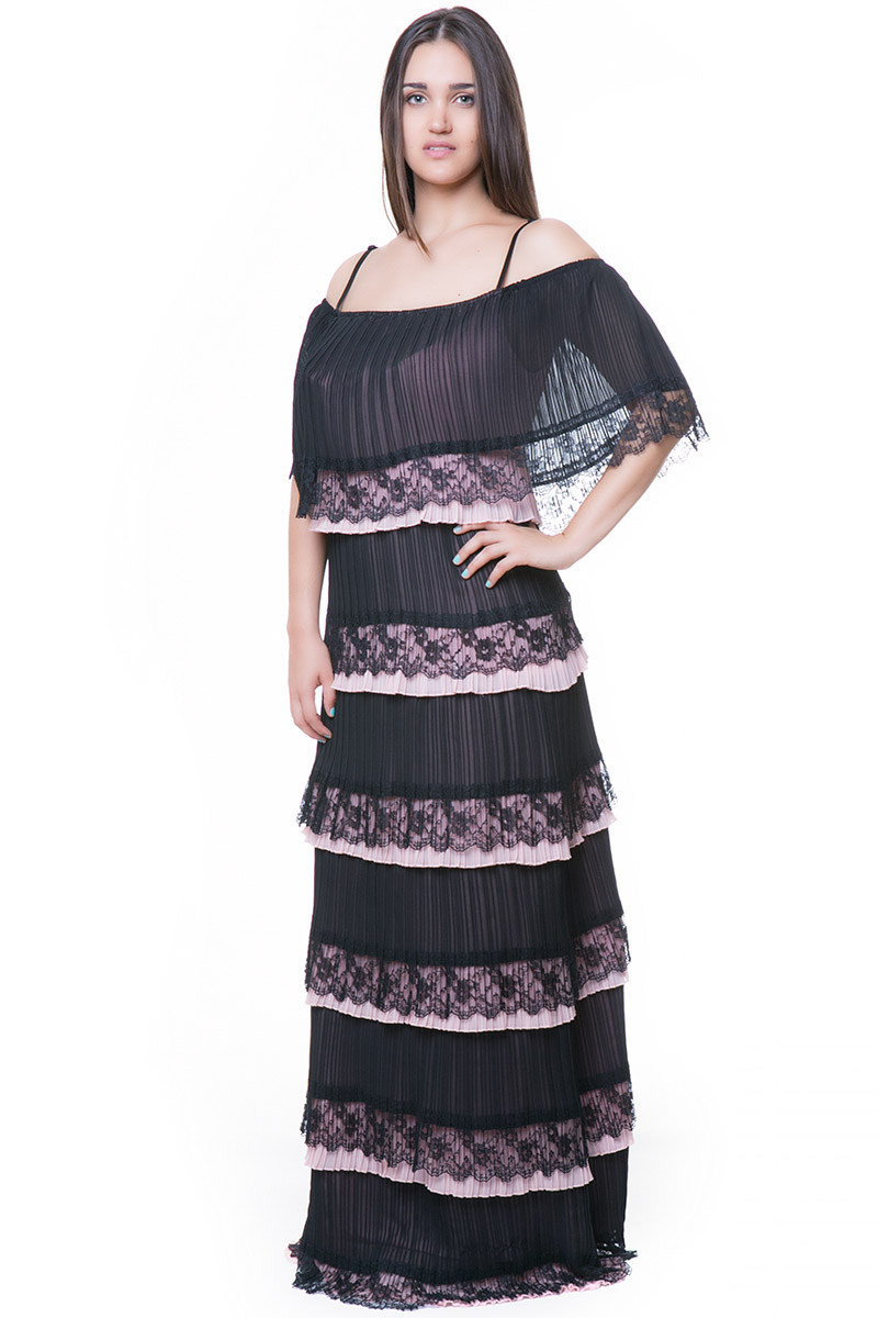Maxi off shoulders plisse φόρεμα με βολάν και τελείωμα από δαντέλα 1547150ef23