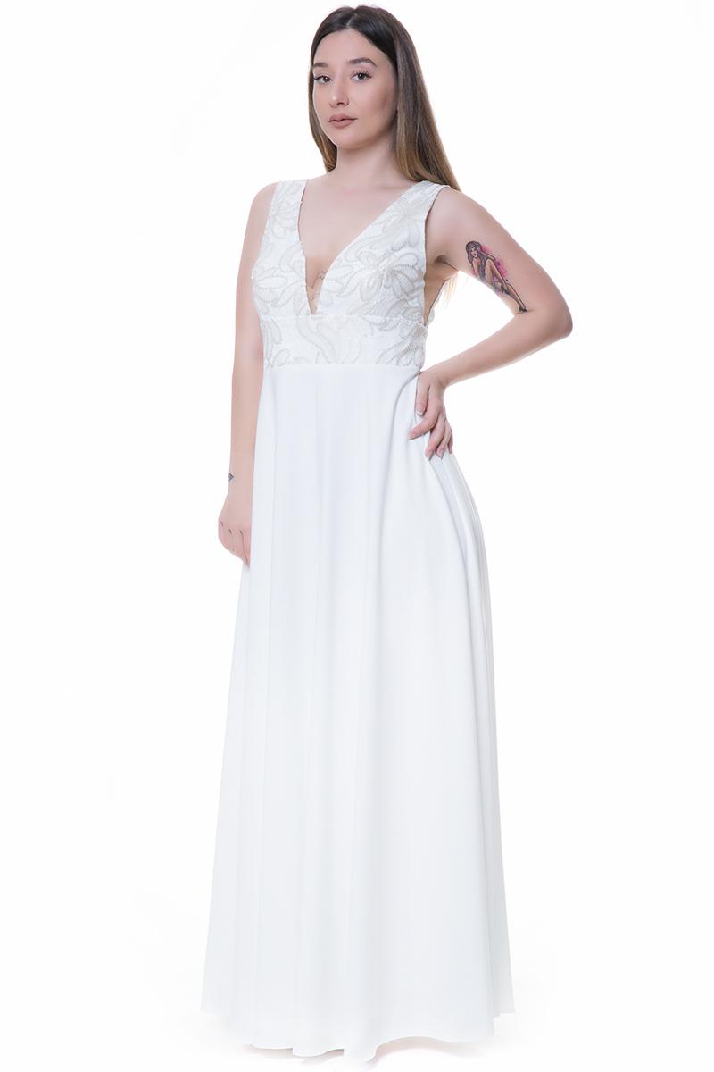 ec2213c2fc22 Maxi αμάνικο φόρεμα Έχει V-neck μπούστο κεντημένο με πούλιες Διαφάνεια στο  μπούστο Είναι μεσάτο