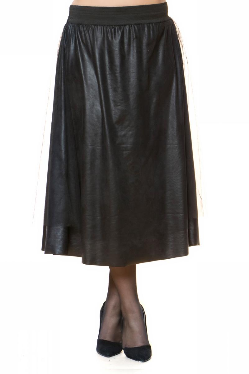 Leather-like midi φούστα Μαύρο χρώμα Με εξωτερικό τούλι Διαθέτει λάστιχο στο πάνω μέρος Άλφα γραμμή Σταθερό ύφασμα Πλύσιμο στο πλυντήριο στους 30ºC από την ανάποδη - Σιδέρωμα σε χαμηλή θερμοκρασία από την ανάποδη - Όχι στεγνωτήριο - Όχι πλύσιμο με χλώριο Έχει άλφα γραμμή - Συμβουλευτείτε το μεγεθολόγιο. Ιδανική για chic βραδινές εμφανίσεις. Διαθέσιμα μεγέθη από 1 έως 2. Το μοντέλο έχει ύψος 1.75cm και φοράει μέγεθος 1.