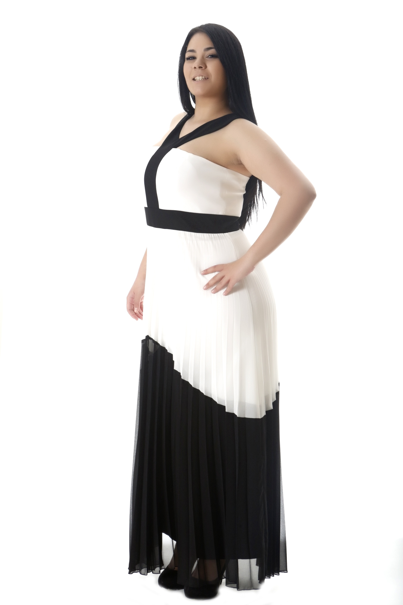 2bc0476650c8 Maxi φόρεμα ασπρόμαυρο πλισέ