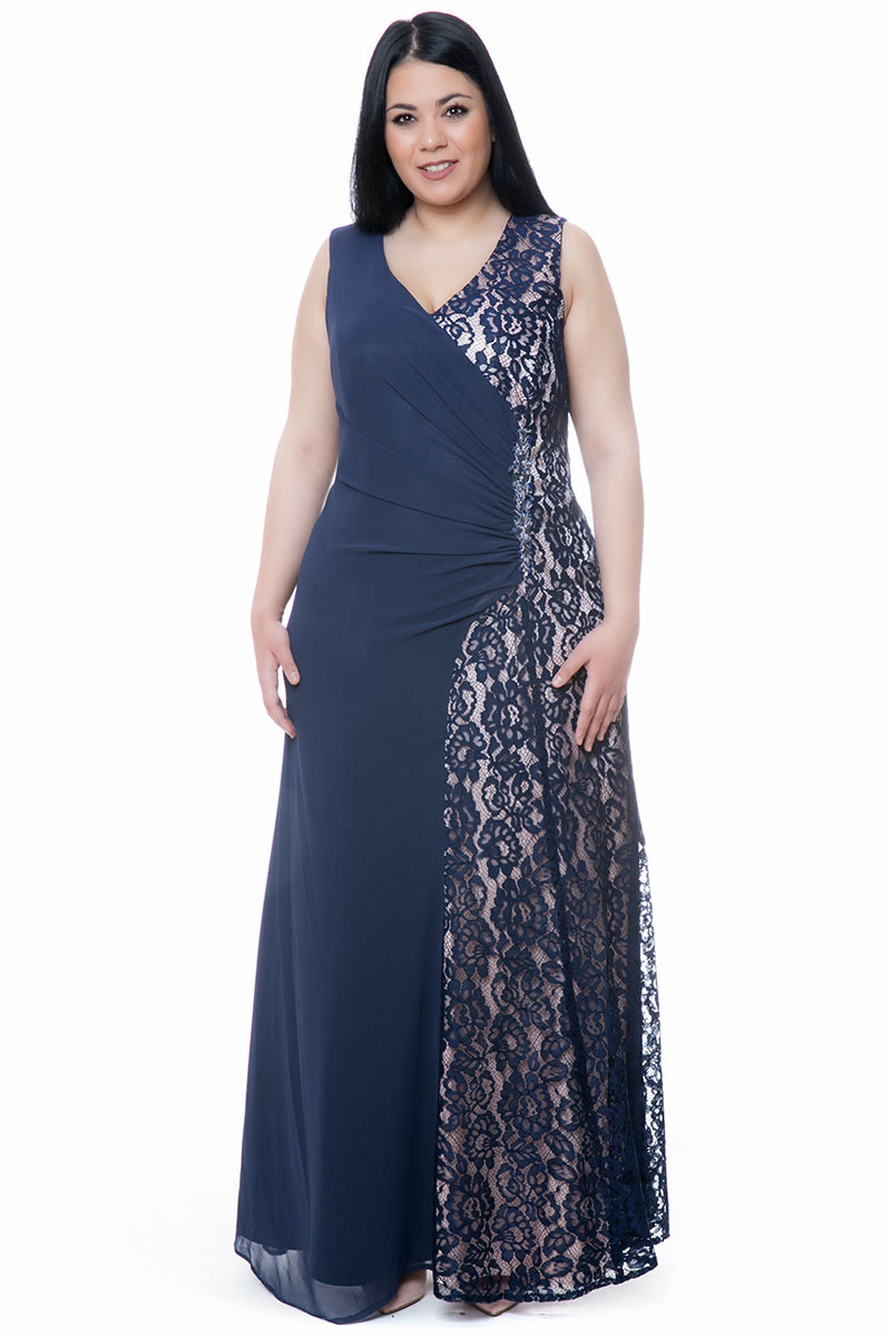06d8f9a504b1 Φόρεμα maxi με δαντέλα και στρας μπλε πούδρα