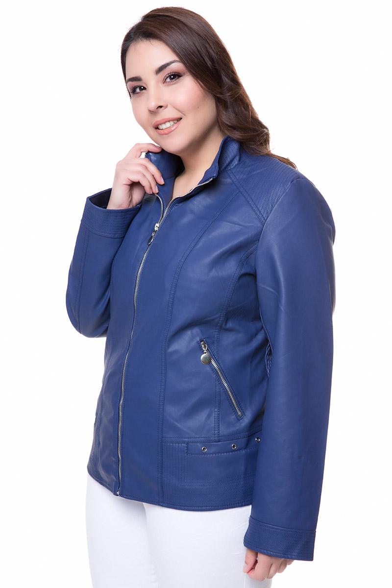 Leather-like jacket Μπλε χρώμα Μακριά μανίκια Με ψηλό γιακά τύπου μάο Κλείσιμο με φερμουάρ Τσέπεςμε φερμουάρ Διαθέτει σφιγγοφωλιά στα πλαινά Εξωτερικές ραφές στο πίσω μέρος Σταθερό ύφασμα Σύνθεση 65%PU 28%COT 7%POL Η γραμμή είναι κανονική - Συμβουλευτείτε το μεγεθολόγιο. Κατάλληλο για όλες τις ώρες και περιστάσεις. Διαθέσιμα μεγέθη από 42 έως 56. Το μοντέλο έχει ύψος 1.75cm και φοράει μέγεθος 46.