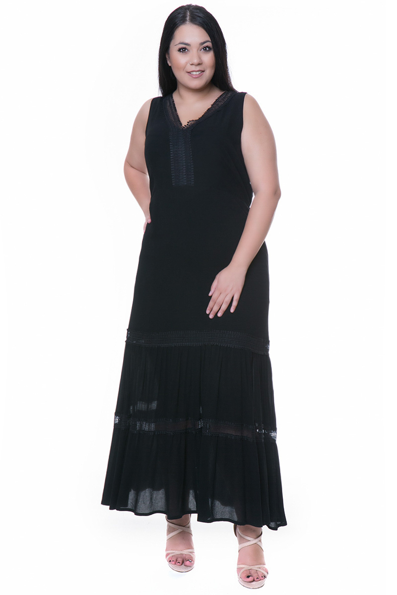 ef5122220bdc Maxi φόρεμα με λεπτομέρειες από δαντέλα κιπούρ και gipsy τελείωμα