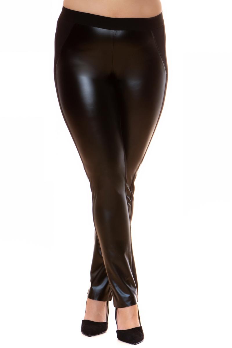 Παντελονοκολάν Μαύρο χρώμα Με leather-like μπροστινή όψη Ποντοστόφα η πίσω πλευρά Διαθέτει λάστιχο στη μέση Ίσια γραμμή Συνδυασμός υφασμάτων Σύνθεση:100%POL Η γραμμή είναι κανονική - Επιλέξτε το κανονικό σας νούμερο. Ιδανικό για ξεχωριστές εμφανίσεις. Διαθέσιμα μεγέθη από S έως XXL. Το μοντέλο έχει ύψος 1.75cm και φοράει μέγεθος S.