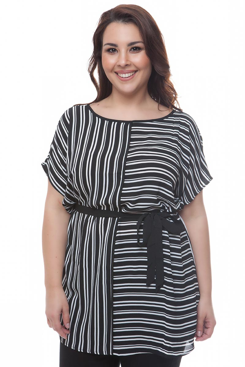 08c01d0dbbc7 Μαύρο μπλουζοφόρεμα με λευκή ρίγα και κορδέλα