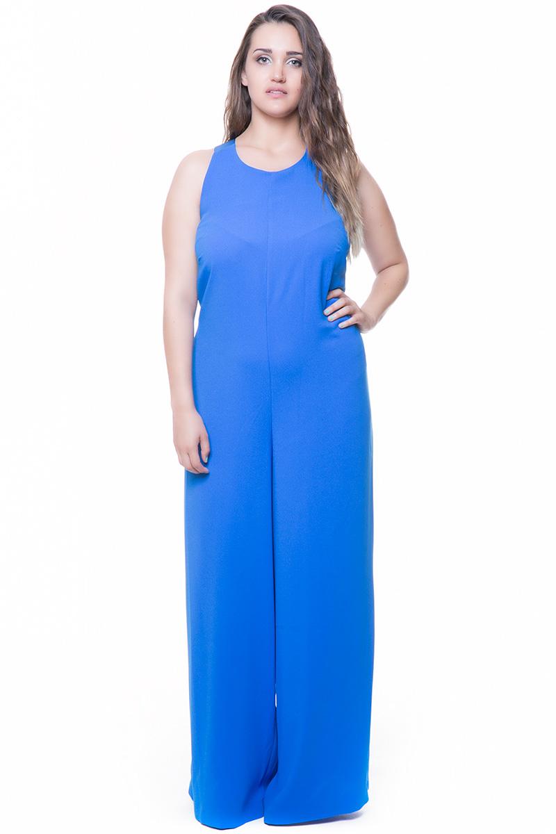 Ολόσωμη Φόρμα κρεπ Ρουά χρώμα Lace-up σχέδιο στην πλάτη Με φιόγκο Αμάνικο Σταθερό ύφασμα Μεσάτο Κλείνει με φερμουάρ πίσω Τελείωμα παντελονιού καμπάνα Σύνθεση:100%POL Η γραμμή είναι στενή - Συμβουλευτείτε το μεγεθολόγιο. Ιδανικό για ξεχωριστές και chic εμφανίσεις. Διαθέσιμα μεγέθη από 52 εώς 60. Το μοντέλο έχει ύψος 1,75 και φοράει το νούμερο 54.