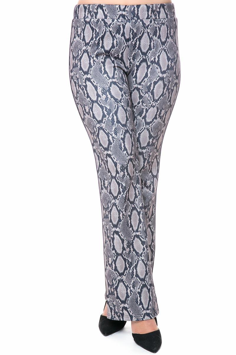Παντελόνι Silver snake print Super ελαστικό scuba ύφασμα Με λάστιχο στην μέση Γραμμή τύπου καμπάνα Η γραμμή είναι κανονική - Συμβουλευτείτε το μεγεθολόγιο.Ιδανική για all-day εμφανίσεις.Διαθέσιμα μεγέθηαπό XS έως XL.Το μοντέλο έχει ύψος 1.75cm και φοράει μέγεθος XS.
