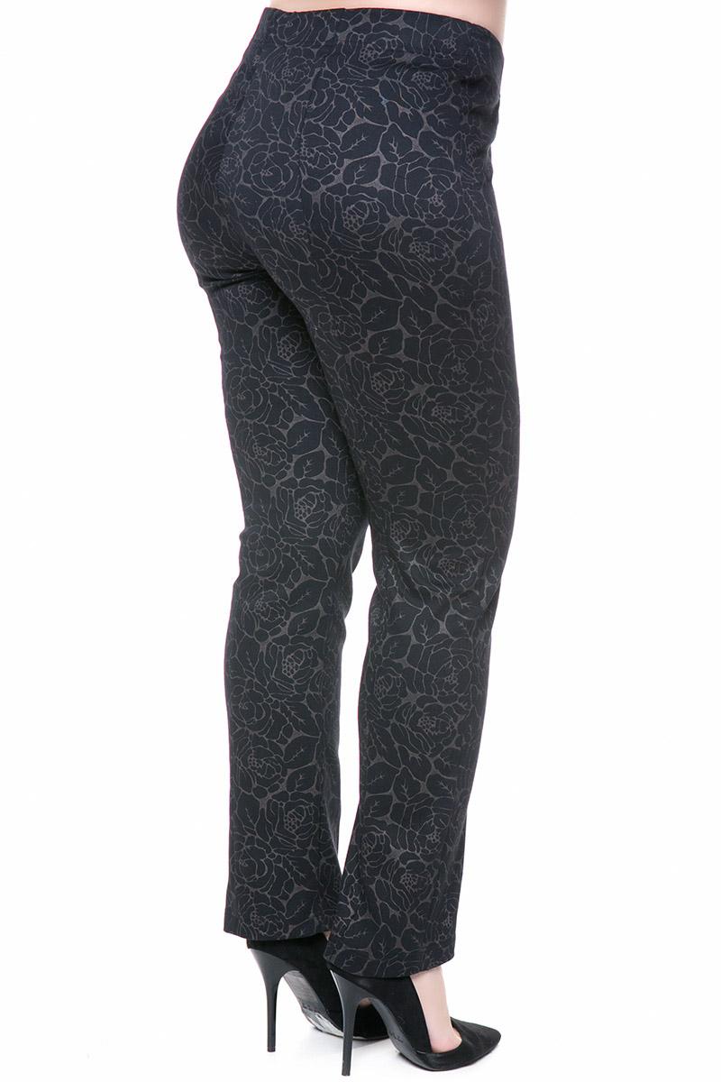 Παντελόνι Χρώμα μαύρο Μακρύ Ελαστικό μπροκάρ ύφασμα Σύνθεση:70%COT 27%PES 3%LYC Η γραμμή είναι άνετη - Επιλέξτε ένα νούμερο μικρότερο. Κατάλληλο για όλες τις ώρες και περιστάσεις. Διαθέσιμα μεγέθη από ΧS έως ΧXL. Το μοντέλο έχει ύψος 1.75cm και φοράει μέγεθος ΧS.
