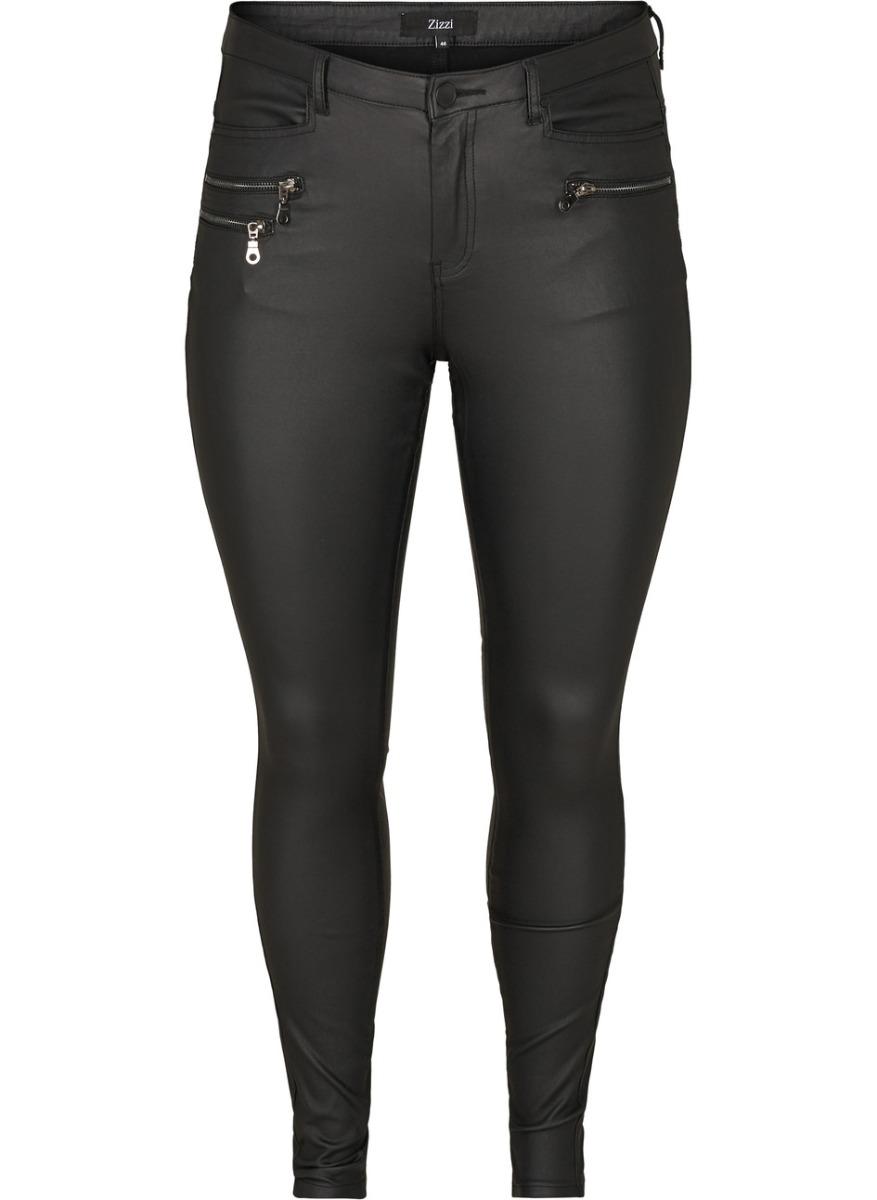Παντελόνι leather-like Χρώμα μαύρο Στενή γραμμή Ελαστικό ύφασμα Διαθέτει τσέπες και διακοσμητικά φερμουάρ Μήκος μακρύ Κλείνει με μονοκούμπι και φερμουάρ Ελαστικό ύφασμα Σύνθεση75%VISC 21%NYL 4%EL Η γραμμή είναι κανονική - Συμβουλευτείτε το μεγεθολόγιο. Κατάλληλο για όλες τις ώρες και περιστάσεις. Διαθέσιμα μεγέθη από 42 έως 56. Tο μοντέλο έχει ύψος 1.75cm και φοράει μέγεθος 42.