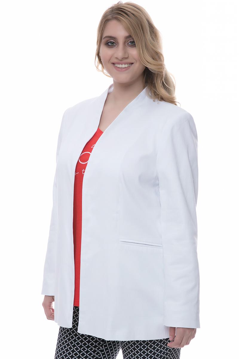 Σακάκι blazer Λευκό χρώμα Τσέπες Χωρίς γιακά και κούμπωμα Ίσια γραμμή Το ύφασμά του είναι σταθερό Η γραμμή είναι κανονική - επιλέξτε το κανονικό σας νούμερο. Ένα must have κομμάτι για office looks και όχι μόνο. Διαθέσιμα μεγέθη από Μ έως XL. Το μοντέλο έχει ύψος 1.75cm και φοράει μέγεθος M.