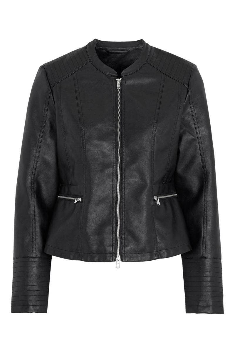 Leather-like jacket Σε μαύρο χρώμα Διαθέτει δύο τσέπες Κλείνει με φερμουάρ Χωρίς γιακά Σταθερό ύφασμα Ίσια γραμμή Σύνθεση:100%POL Η γραμμή είναι κανονική. Συμβουλευτείτε το μεγεθολόγιο. Ιδανικό για all-day εμφανίσεις. Διαθέσιμα μεγέθη από 42/44 έως 62/64