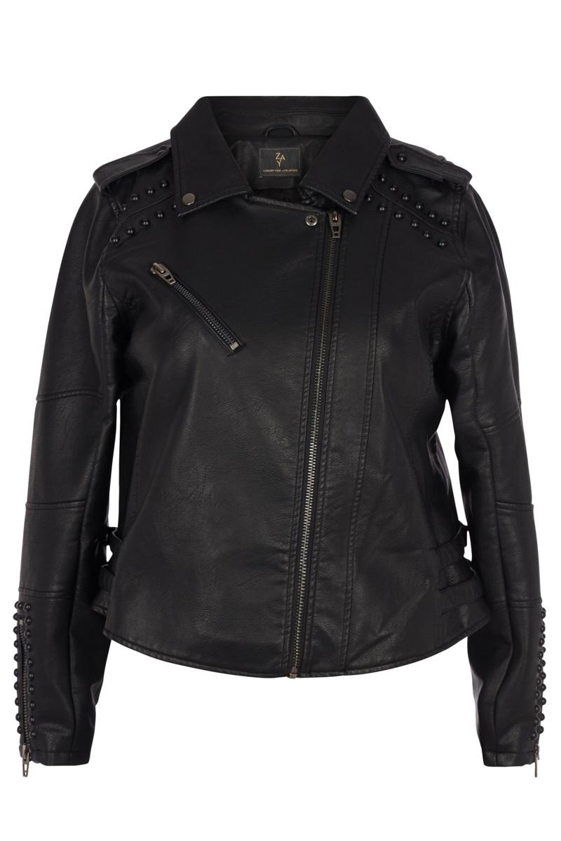 Leather-like jacket Μαύρο χρώμα Μακριά μανίκια Με κλειστη λαιμόκοψη Κλείσιμο με φερμουάρ Τσέπη με φερμουάρ Διαθέτει τρούκς Σταθερό ύφασμα Σύνθεση40%POL 50%POL 10%VISC Η γραμμή είναι κανονική - Συμβουλευτείτε το μεγεθολόγιο. Κατάλληλο για όλες τις ώρες και περιστάσεις. Διαθέσιμα μεγέθη από 42 έως 54. Το μοντέλο έχει ύψος 1.75cm και φοράει μέγεθος 42.